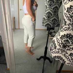 Off white cropped pants